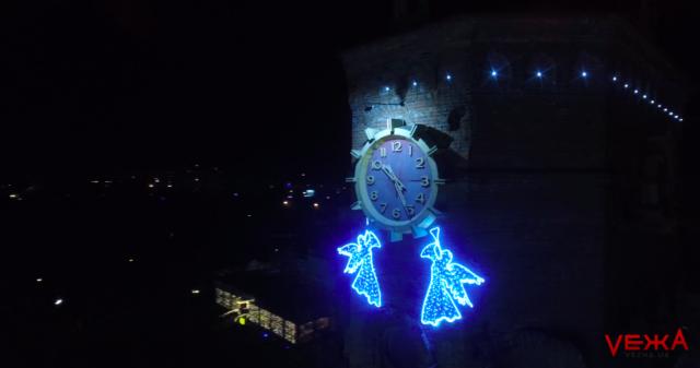 Перед Різдвом: святкову ілюмінацію Вінниці показали з повітря. ВІДЕО