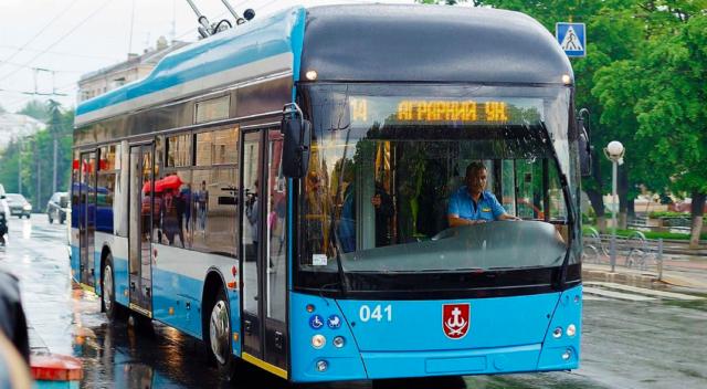 Вінничанка пропонує додати тролейбуси з автономним ходом на автобусні маршрути міста. ПЕТИЦІЯ