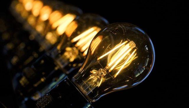 Де у Вінниці не буде світла в грудні: графік відключень