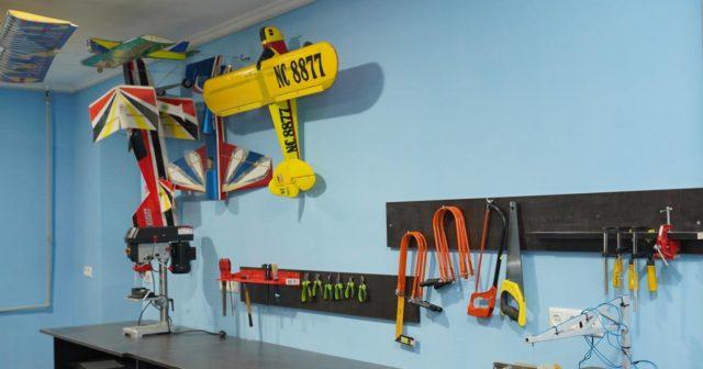 У Вінниці відкриють клуб, де підлітків вчитимуть авіамоделюванню