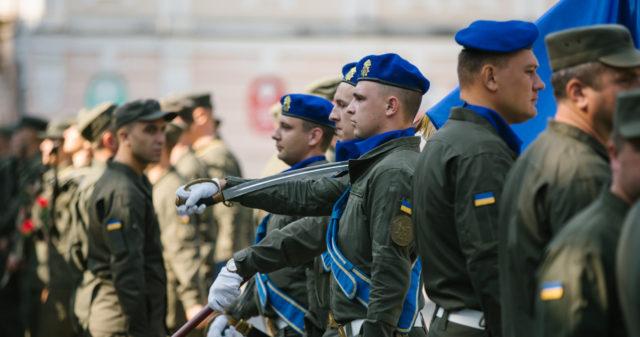 У вінницькій військовій частині носитимуть шеврони з гербом Вінниці