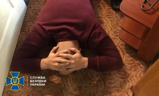 У Вінниці затримали хакерів, які атакували світові банки та органи влади в Україні. ФОТО