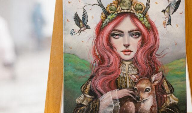 """У Вінниці відкрили виставку """"химерних"""" портретів Анни Борачук. ФОТОРЕПОРТАЖ"""