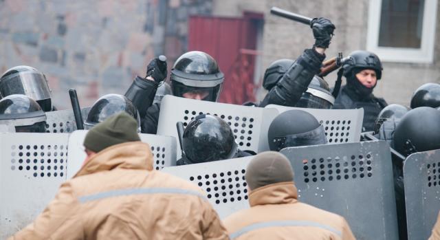 """Як у вінницькій тюрмі вчилися придушувати """"бунт ув'язнених"""". ФОТОРЕПОРТАЖ"""