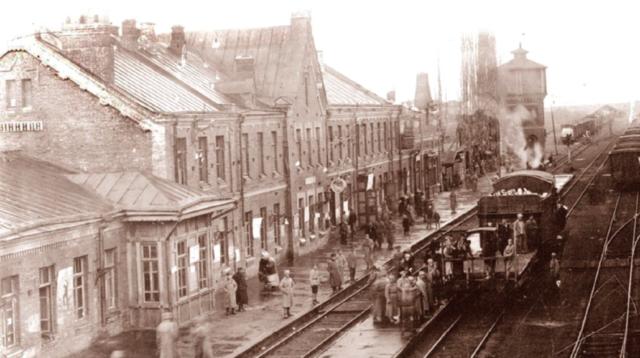 Скоропадський, гайдамаки та німецький порядок: історія вінницького вокзалу в роки Української революції