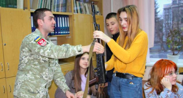 У Вінниці відкрили школу з національно-патріотичного виховання. ФОТО