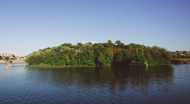 У Вінниці планують очистити Південний Буг поблизу острова Кемпа