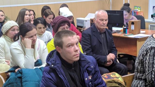 """""""Отак на руках в мене помирала моя """"дитина"""": суд почав розглядати справу вбивства собаки у Вінниці. ФОТО"""
