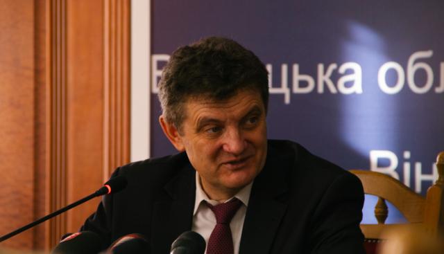 «Ми не можемо на вибори йти з двома Українами»: Юрій Ганущак у Вінниці розповів про ситуацію з ОТГ в регіоні