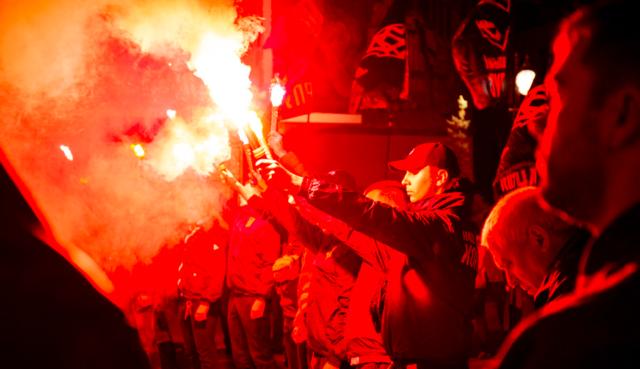 """""""Не доводьте до краю"""": ветерани війни на Донбасі ввечері пікетували вінницьку поліцію. ФОТО, ВІДЕО"""