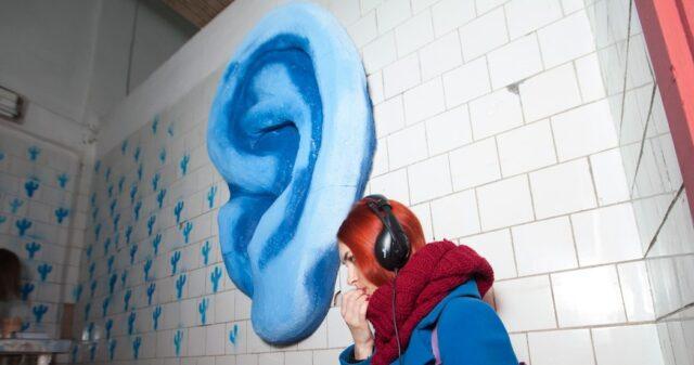 «Підземний човен «Синє Вухо»: у Вінниці створюють мистецьку онлайн-платформу