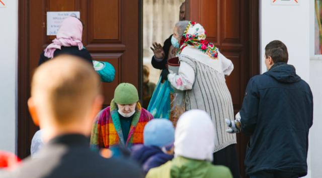 Поліція Вінниччини не помітила порушень карантину під час Великодніх богослужінь