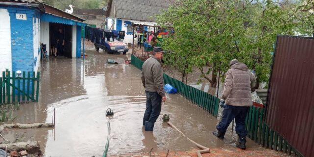 На Вінниччині внаслідок негоди загинула людина та затопило будинки. ФОТО, ВІДЕО