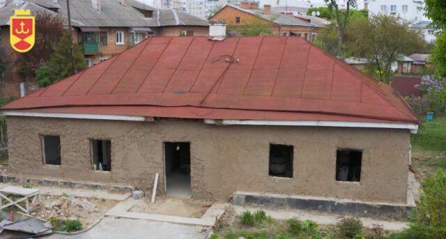«Найбільший культурний проект року»: як реставрують музей Коцюбинського у Вінниці. ВІДЕО