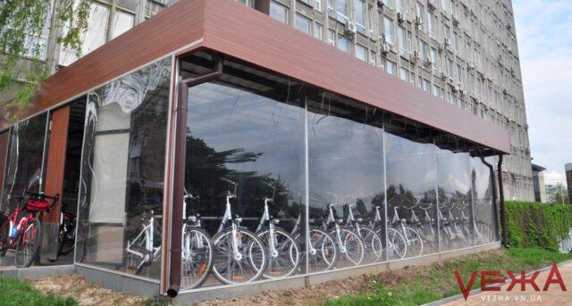 У Вінниці просять встановити закриті парковки для велосипедів та скутерів. ПЕТИЦІЯ