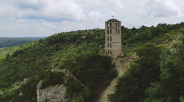 """Тисячолітні печери, сільрада в палаці та """"забутий"""" Новодністровськ: третій день """"Поділля Incognita-2"""""""