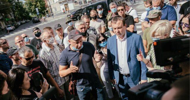 «Бійця покинули, як собаку»: у Вінниці ветерани протестували проти дій командування. ФОТО