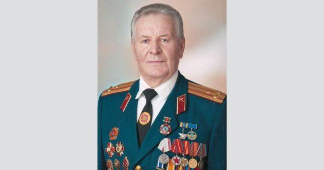 """Загроза ампутації: директор """"Центру історії Вінниці"""" просить допомогти у лікуванні свого дідуся"""
