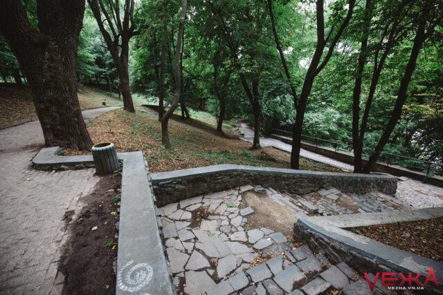 Нове освітлення, лавки та пандуси: вінничанин просить привести до ладу парк Кумбари