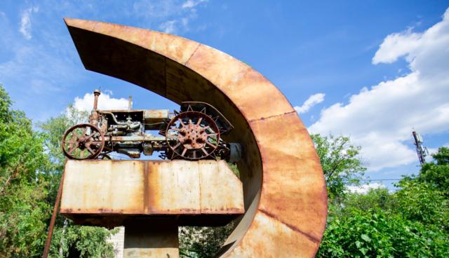 Місто на Дністрі, єврейське минуле та музей в підземеллі: історія однієї експедиції. ВІДЕО