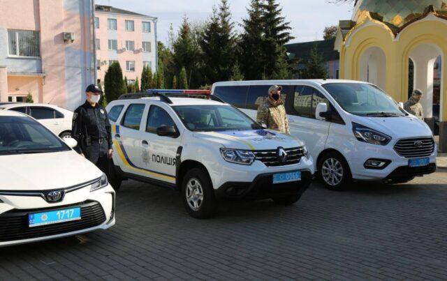 Вінницькі поліцейські отримали нові службові автомобілі. ФОТО