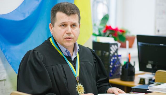 Вінницький суддя зобов'язав журналіста спростувати інформацію про діяльність проросійської партії Шарія