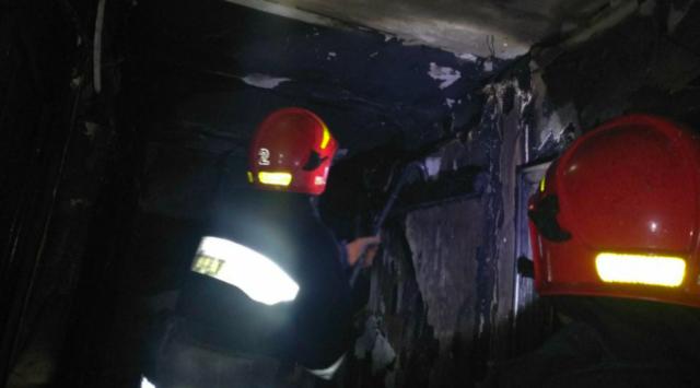 Вночі у Вінниці сталася пожежа в багатоповерхівці: евакуйовано 28 людей. ФОТО