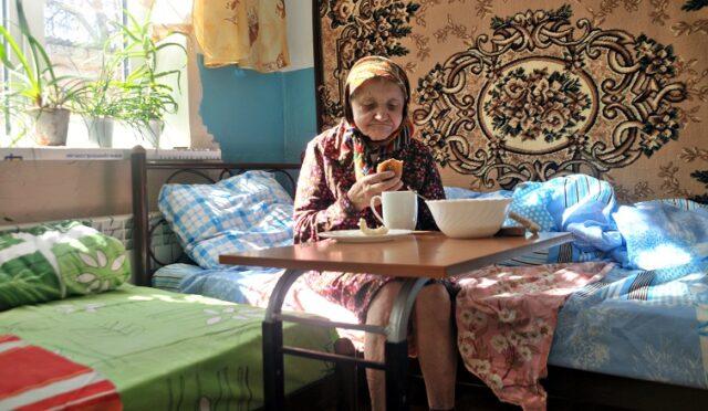 В Україні перевірять законність роботи будинків для літніх людей