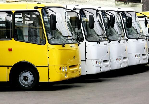 12 гривень у «маршрутці»: вінницькі перевізники просять міськраду підняти ціну на проїзд