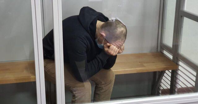 Довічне ув`язнення і три мільйони компенсацій: Анатолій Малєц отримав покарання за вбивство своєї родини