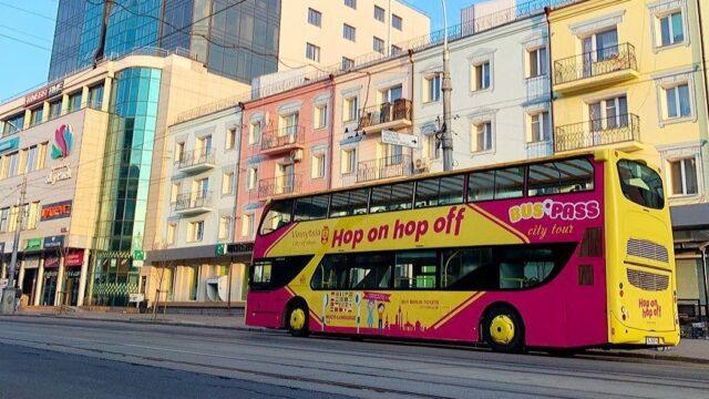 У Вінниці з'явився двоповерховий туристичний автобус-кабріолет. ФОТО