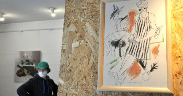 Мутація культури праці: у Вінниці відкрилася виставка художника Віталія Янкового. ФОТО