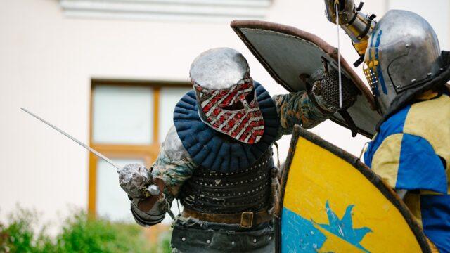 У Вінниці до 103-ї річниці краєзнавчого музею влаштували лицарські поєдинки. ФОТОРЕПОРТАЖ
