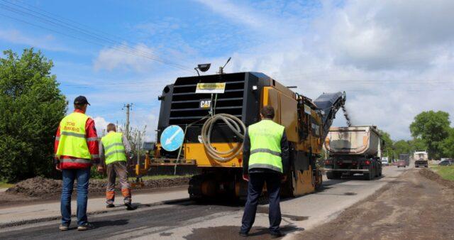 На Вінниччині почали ремонт майже 13 кілометрів автодороги біля Турбова