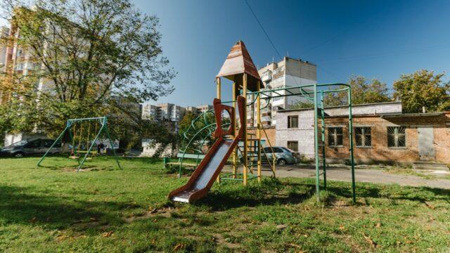 Міську раду просять перевірити стан дитячих майданчиків у Вінниці. ПЕТИЦІЯ