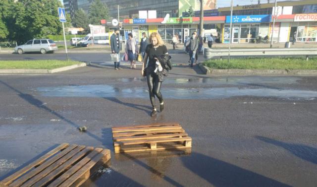 У Вінниці просять облаштувати підвищений перехід поблизу Західного автовокзалу. ПЕТИЦІЯ