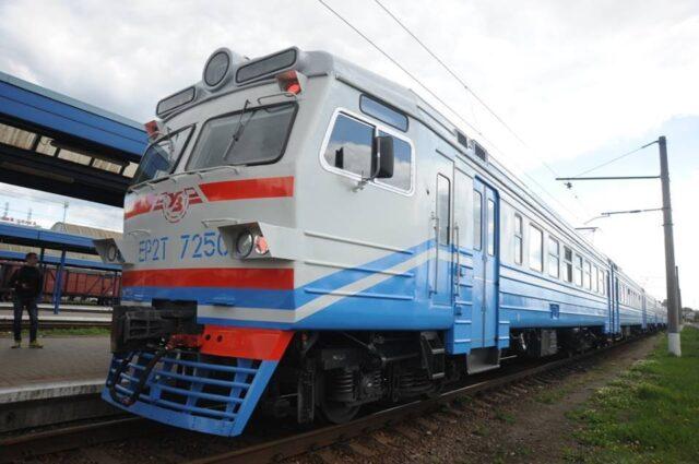 «Укрзалізниця» відновлює курсування електрички зі Жмеринки до Києва