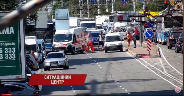 ДТП на вулиці Пирогова: 73-річний постраждалий пішохід помер у лікарні, поліція встановлює свідків аварії