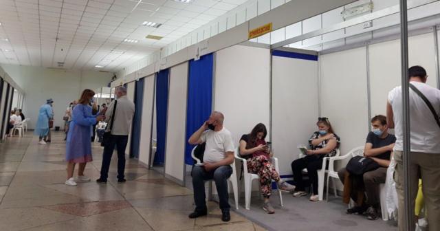 У суботу у Вінниці облаштують три центри вакцинації проти COVID-19