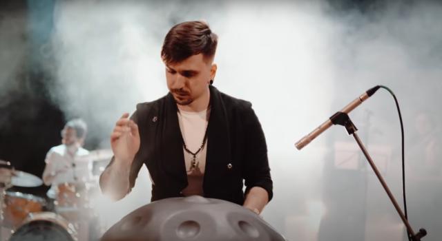 Космічні звуки Хангу: у Вінниці відбудеться концерт Антона Стрільця