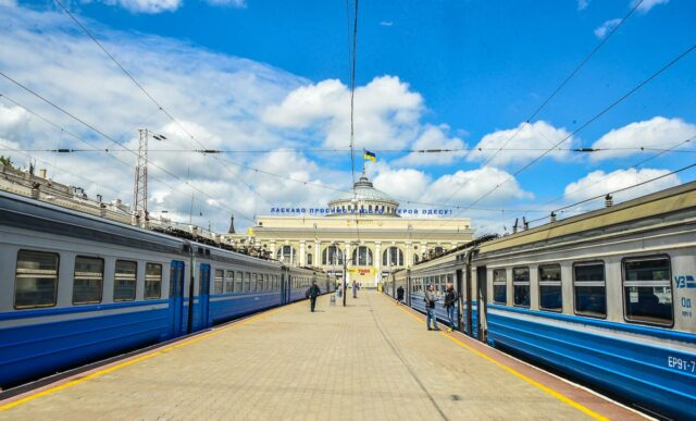 """""""Укрзалізниця"""" призначила додатковий потяг до Одеси, який курсуватиме через Вінницю"""
