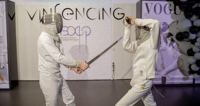 """Новий етап розвитку фехтування: у Вінниці презентували оновлене приміщення клубу """"Vinfencing"""" та почала працювати профільна обласна федерація"""