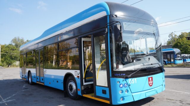 У Вінниці виготовили ще один тролейбус «VinLine»