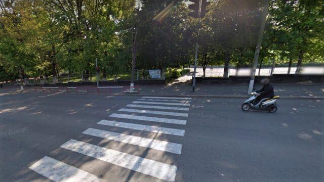 У Вінниці просять облаштувати підвищений пішохідний перехід біля школи №22. ПЕТИЦІЯ
