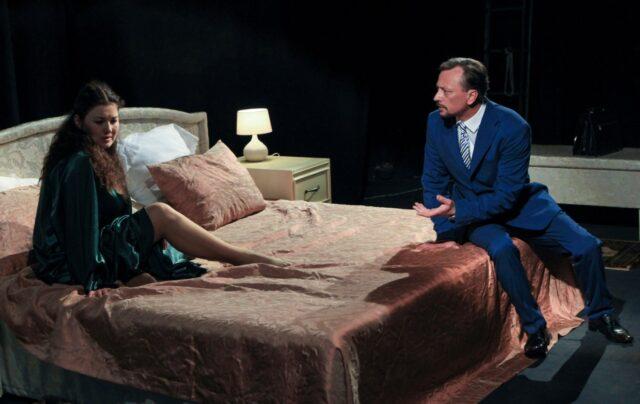 Вистава 21+ та мюзикл за трагедією Шекспіра: завтра у Вінницькому театрі розпочинається 88-й театральний сезон