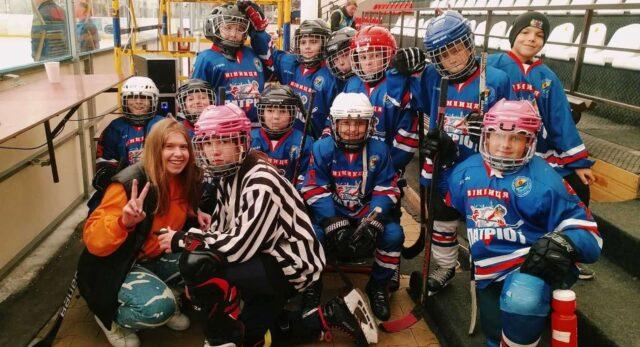 Вінницькі хокеїсти посіли третє місце на Всеукраїнському дитячому Кубку Льодового клубу