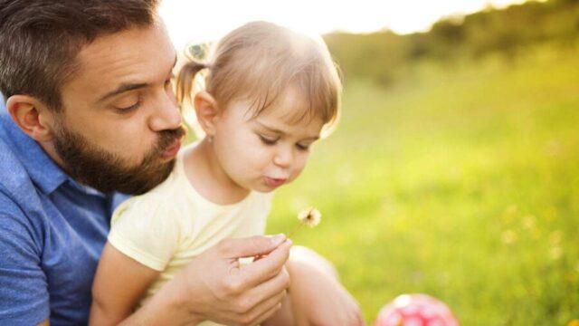 «Відповідальне татівство»: у Вінниці відбудеться зустріч для чоловіків щодо поєднання роботи та батьківства