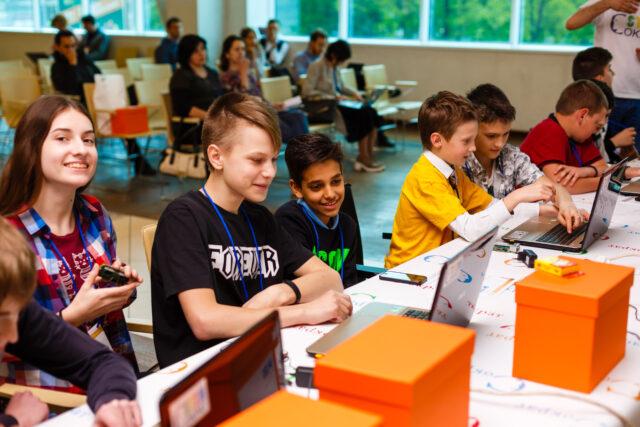 Основи робототехніки і програмування: на Вінниччині анонсували освітню програму для школярів 8-11 класів